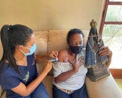 Segue a vacinação da população ribeirinha contra a Covid-19